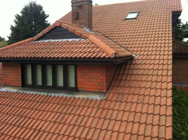 Roof Cleaning Surrey image